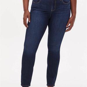 Torrid Bombshell straight fit jeans 24R plus